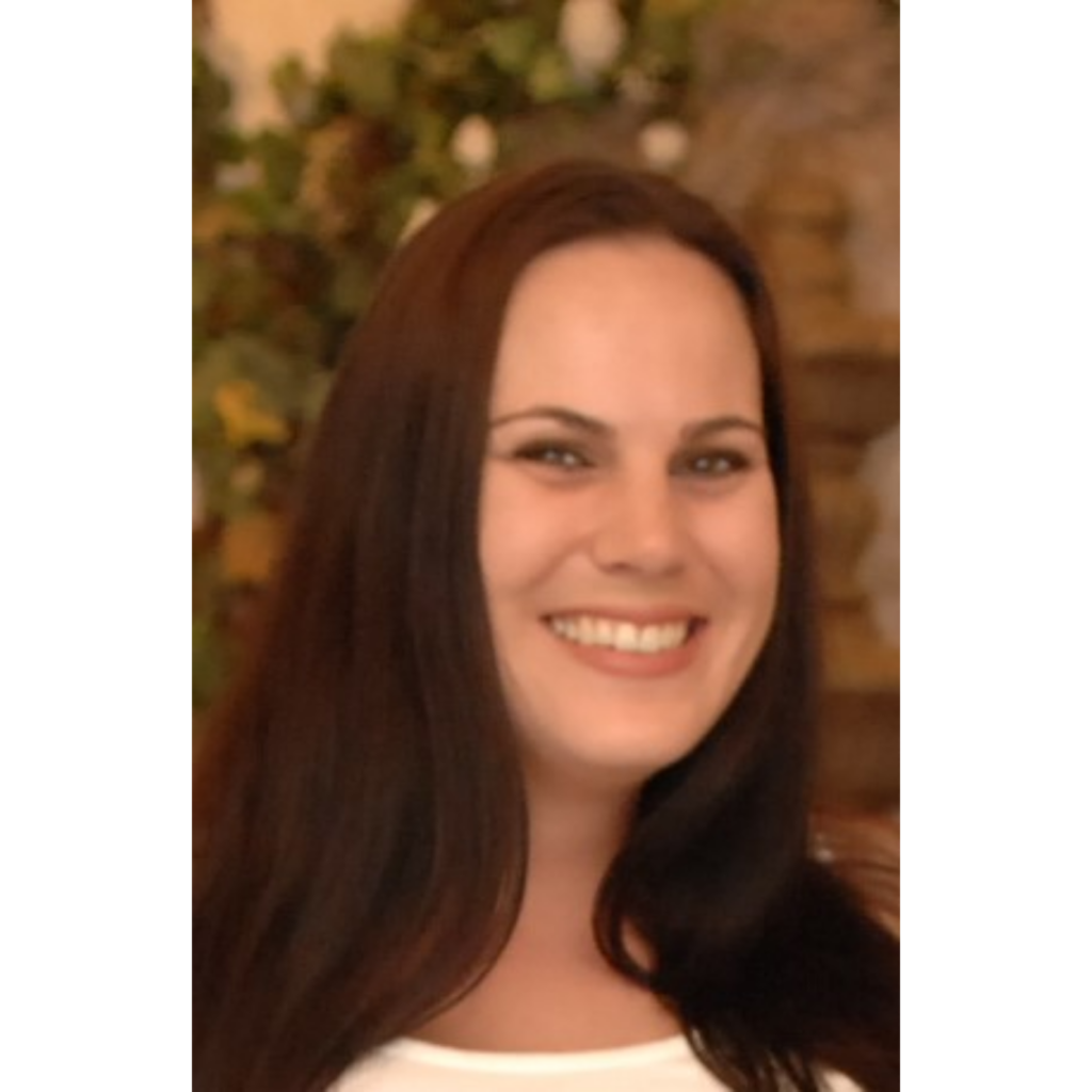 Danae Powers, Certified Clinical Aromatherapist and Young Living Independent Distributor in California #3939765 at Powers Aromatherapy